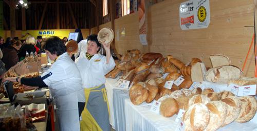 Auswahl an der Brot-Bar in der Albkorn-Halle