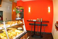 Frisch renovierte neue Filiale der Albkorn-Bäckerei Glocker in Trochtelfingen. Foto: Dieter Reisner