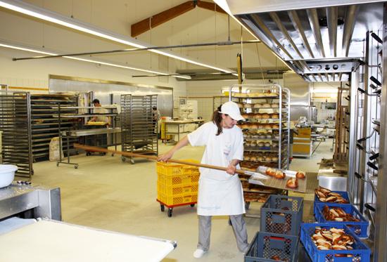 Neubau Keltenstraße: Backstube der Albkorn-Bäckerei Marquardt Engstingen. Foto: Gerhard Schindler