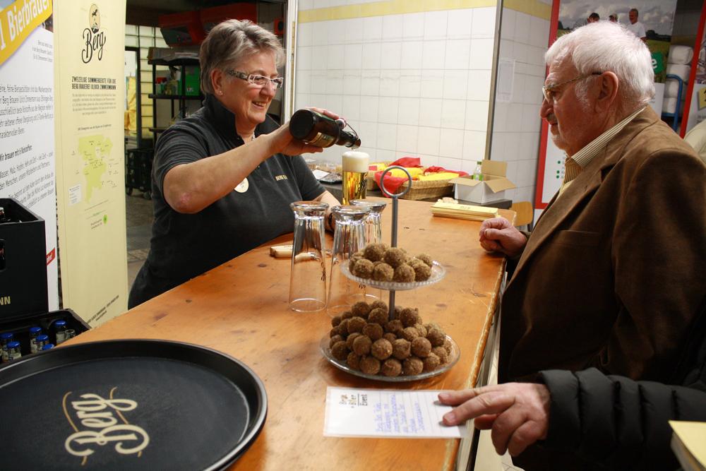Bier-Sommelière Gertrud Hauler weiß zu jedem Berg-Bier Geschichten.
